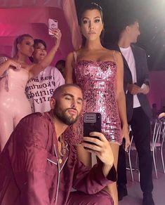 It's Kourtney-mfkn Kardashian! Kourtney Kardashian 2018, Kardashian Family, Kardashian Jenner, Kardashian Style, Jenner Family, Celebrity Hair Stylist, Hair Stylists, New Launch, Kris Jenner