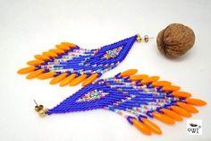 longues boucles d'oreilles tissées en perles de rocailles japonaises Miyuki, harmonie de bleu cyan mat et de bleu nuit silver lined - âme de la perle métallique - au cœur de - 20623833