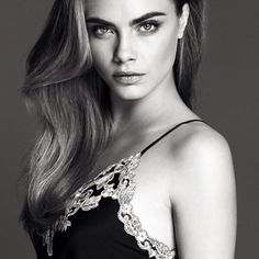 Cara Delevingne égérie de la collection printemps-été 2014 La Perla photo
