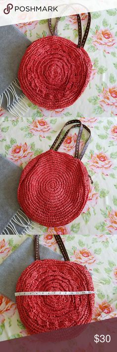 🌿 Lucky Penny | Raffia Straw Orange Purse Anthro Gently used condition and from a smoke free home. Measurements shown in photos. Anthropologie Bags