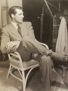 1940s Cary Grant In A Suit On Film Set Vintage Hollywood