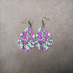 #incikboncuk #kumboncuk #beadwork #küpe #earrings #elişi #handmade #handcraft #boncukküpe #huichole #takıtasarım #acessories