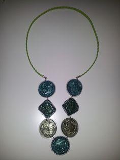 Collar en tonos verdes, mixto trenzado 5,99€