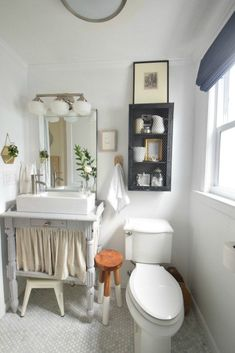 Tiny House Bathtub Ideas Inspirational Small Bathroom Ideas and solutions In Our Tiny Cape Nesting with Grace Beautiful Small Bathrooms, Very Small Bathroom, Tiny Bathrooms, Small Bathroom Storage, Bathroom Design Small, Bathroom Interior Design, Bathroom Organization, Bathroom Modern, Minimalist Bathroom