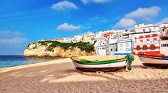 Strand Carvoeiro, Portugal, bootjes
