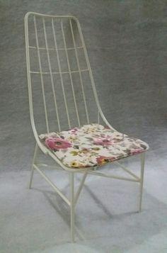κάθισμα μεταλλικό