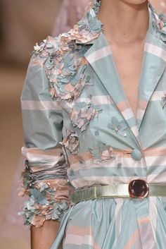 CLOSE UP LAURA BIAGIOTTI READY TO WEAR SS 2014 MILAN