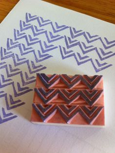 Items similar to Handcarved rubber stamp - pattern print, chevron on Etsy Stamp Printing, Printing On Fabric, Pattern Print, Print Patterns, Diy Cards Stamps, Motif Simple, Homemade Stamps, Make Your Own Stamp, Impression Textile