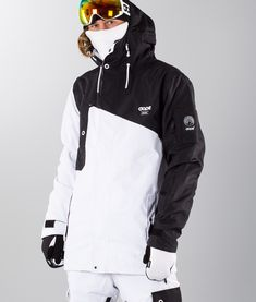 Winter in the Adirondacks – Enjoy the Great Outdoors! Mens Ski Clothes, Ski Outfits, Fun Winter Activities, Mens Skis, Winter Hiking, Nike Jacket, Skiing, Menswear, Black And White