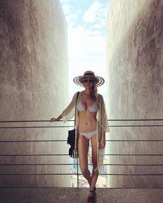 Whitney Port pre-wedding bikini body fitspo