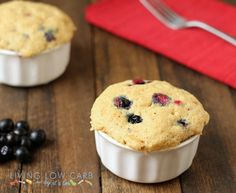 blueberry muffin in a minute_low carb and paleo. Low carb, gluten free, naturally low glycemic
