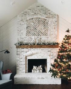 Here are the 43 BEST German Schmear Projects Around! Gorgeous German Smear - an easy & inexpensive brick update! Are YOU Ready to makeover your brick?