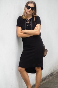 BLACK EYELET DRESS | A FASHION FIX // UK FASHION AND LIFESTYLE BLOG