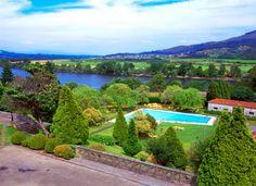 #parador de #tui #bodas #ideales #encanto #piscina con unas vistas increibles #weddingvenue