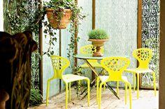 Supernatural, Ross Lovegrove, 2007 Supernatural is a chair with an organic design.   #designbest @morosofficial