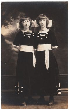 http://www.finevernacularphotography.com    Anon., USA, ca. 1910s  Real photo postcard, 5 ½ x 3½ins. (13.5 x 8.5cm)  © Fine Vernacular Photography