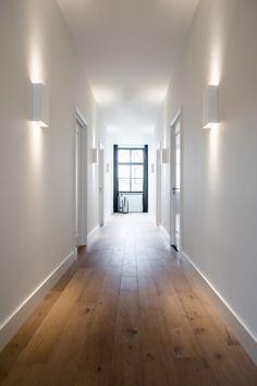 Medie Interieur architectuur - Pastorie - Hoog ■ Exclusieve woon- en tuin inspiratie. Home Look, Decoration, Cosy, United Kingdom, New Homes, House Design, Flooring, Mirror, Luxury