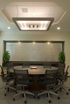 #Lámpara #oficina #sala de juntas #moderna #Victoria Plasencia interiorismo #diseño de interiores