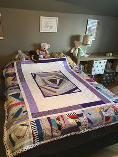 Scrap quilt to fit twin or double bed Double Beds, Twin, Scrap, Quilts, Blanket, Table, Furniture, Home Decor, Homemade Home Decor