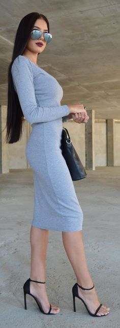 Grey And Black Outfit Idea