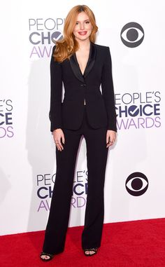 Todos os looks do tapete vermelho do People's Choice Awards 2016: Bella Thorne, People