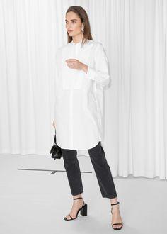 Model front image of Stories long tuxedo shirt in white Long White Shirt Outfit, Long Shirt Outfits, Work Outfits, Tux Shirt, Tomboy Fashion, Fasion, Hijab Fashion, Women's Fashion, White Shirts