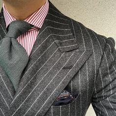 When grey & green & green & navy together. #men #menstyle #menswear #mensfashion #napoli #sprezzatuza #mensclothing #bespoke #dandy #gentleman #mensaccessories #mensstyle #tailor #milano #fashion #menwithclass #italy #style #styleformen #wiwt #suit #dapper #menwithstyle #ootd #daily #moda #stile #elegance #classy #mnswr