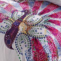 Amazon.com - DIAIDI, Unique Peacock Bedding Sets, White Pink Bedding Sets, Queen King Bed Set, 4Pcs (QUEEN) - Comforter Sets