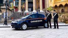 Auto elettriche per i Carabinieri, tre consegnate a Palermo - http://www.canalesicilia.it/auto-elettriche-carabinieri-tre-consegnate-palermo/ Auto Elettrica, Carabinieri, News, Palermo
