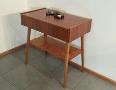 Vintage pöytä, aarrerati.fi-verkkokauppa
