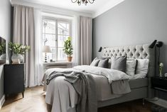 13 Cool Gray Bedroom Ideas to Your Bedroom - Bedroom Design Gray Bedroom, Home Decor Bedroom, Bedroom Curtains, Bedroom Ideas, Long Curtains, Master Bedroom, Grey Room, Bedroom Rustic, Modern Curtains