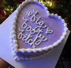 """. on Twitter: """"Me giving my friends a birthday cake.… """" 15th Birthday Cakes, Pretty Birthday Cakes, 22nd Birthday, Pretty Cakes, Friends Birthday Cake, Funny Birthday Cakes, Ugly Cakes, Simple Cake Designs, Funny Cake"""
