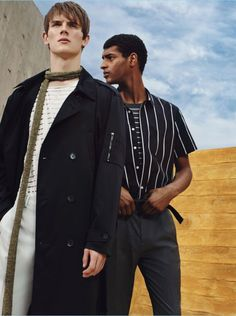 Zara Man dives into spring with a new fashion editorial. The Spanish label taps models William Eustace, Tidiou M'Baye, and Callum Ward as the stars of the inspiring outing. Lightweight layers come together for the edit with a focus on striped fashions. Bringing a certain charm to tailoring and timely staples such as the parka,...[ReadMore]