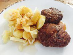 Fleischküche mit Kartoffelsalat