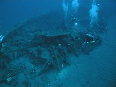 Monitor was designated a NC historical landmark June The U.S Monitor sank December 1862 in a storm off Cape Hatteras, the wreckage wasn't located until Agust Uss Monitor, Coastal North Carolina, Sunken City, Scuba Diving Equipment, Ghost Ship, Navy Ships, Shipwreck, American Civil War, Great Lakes