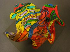 Chihuly bowl- grade transparencies and acrylic paint art education sculpture lessons, sculpture Sculpture Lessons, Sculpture Art, Middle School Art Projects, Artist Project, 6th Grade Art, Collaborative Art, Art Lessons Elementary, Art Lesson Plans, Recycled Art