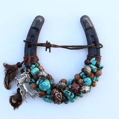 Beaded Horse Shoes. Handmade by Candace Harmon at White Feather Jewelry