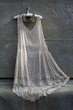 Bohemian Bridal Gown / Bridesmaid Gown / Vintage Dress (instagram: the_lane)