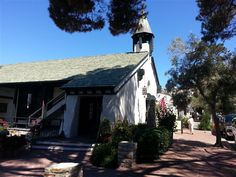 Church of the Wayfarer was founded in It is located at the geographic center of Carmel by the Sea. Come ring the church bell! Carmel By The Sea, Founded In, Big Sur, Wayfarer, California, Cabin, Ring, House Styles, Rings
