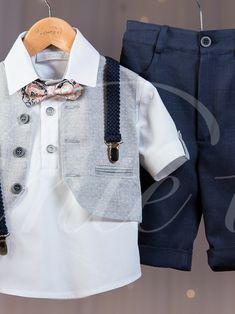 Κουστουμάκι βάπτισης Vinteli που αποτελείται από:    Παντελόνι με τιράντες  Μπλούζα  Γιλέκο  Παπιγιόν  Καπέλο