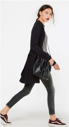 Striped tee+grey skinny jeans+maroon sneakers+black long cardigan+black bucket bag. Fall Casual Outfit 2017