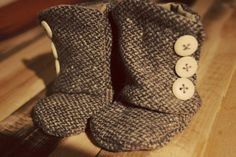 Baby Booties - Adorable for Fall.