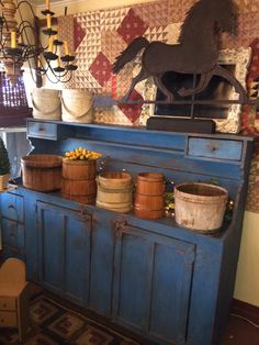 Victoria,s Past Tyme: Antiques, American Country Primitives and American Folk Art.