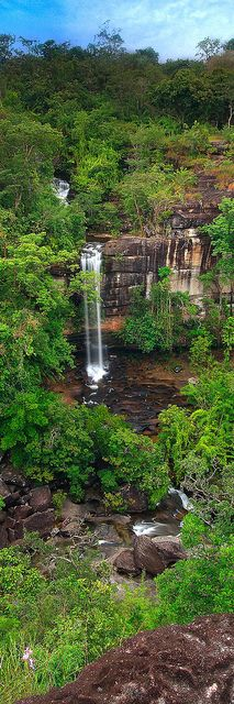 Soi Sawan Waterfall or necklace, Pha Taem National Park, Thailand Beautiful landscape.A sure way to ease stress Bangkok, Thailand Travel, Asia Travel, Laos, Places To Travel, Places To See, Beautiful World, Beautiful Places, Les Cascades