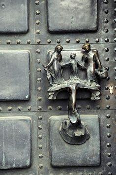 Door knob (knocker?), faungg's photo | Flickr - Photo Sharing!