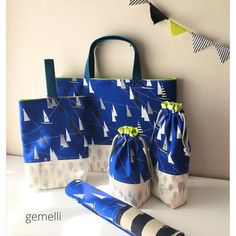 #gemellibag #レッスンバッグ #上履き入れ #コップ袋 #お箸入れ #ランチョンマット #ハンドメイド #入園入学グッズ #入園グッズ #入学グッズ Diy Bags, Sewing Projects, Moon, Tote Bag, Cute, Instagram, Design, Sachets, Purses