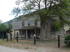 You'll Love Driving Through This Eerie Washington County Full Of Ghost Towns