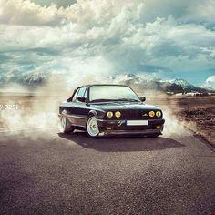 BMW E30 #smokin Bmw E30, S Mo, Bmw 3 Series, Fig, Cars, Style, Swag, Stylus, Autos