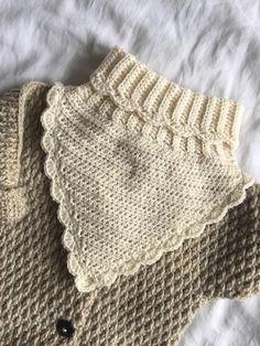 Mini Me Jakken – HviedsVerden Baby Barn, Shoe Pattern, Summer Romper, Crochet For Kids, Crochet Ideas, Mini Me, Baby Knitting Patterns, Double Crochet, Crochet Clothes