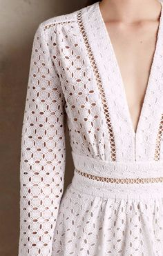 Anglaise Dress …Broderie Hot right now Eyelet Dress, Lace Dress, White Dress, Look Fashion, Fashion Beauty, Fashion Outfits, Fashion Design, Mode Style, Dream Dress